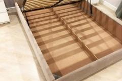 Кровать двуспальная со спальным местом 1600*2000 мм