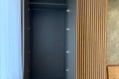 шкаф с рейками