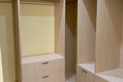 Гардеробные по проекту нашего дизайнера Евгении @evagenialove готовы и установлены☑ 🏷Кладовка и гардеробы реализованы в ЖК «Солнечный Олимп» 🏷Материал ЛДСП Lamarty @lamarty_sfz