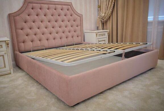 Мягкая мебель в Воронеже,Мягкая мебель на заказ,розовая кровать,розовая двуспальная кровать,мягкая кровать с каретной стяжкой,мягкое изголовье в Воронеже,мягкая мебель в Липецке,кровати в Воронеже, кровати в Липецке,
