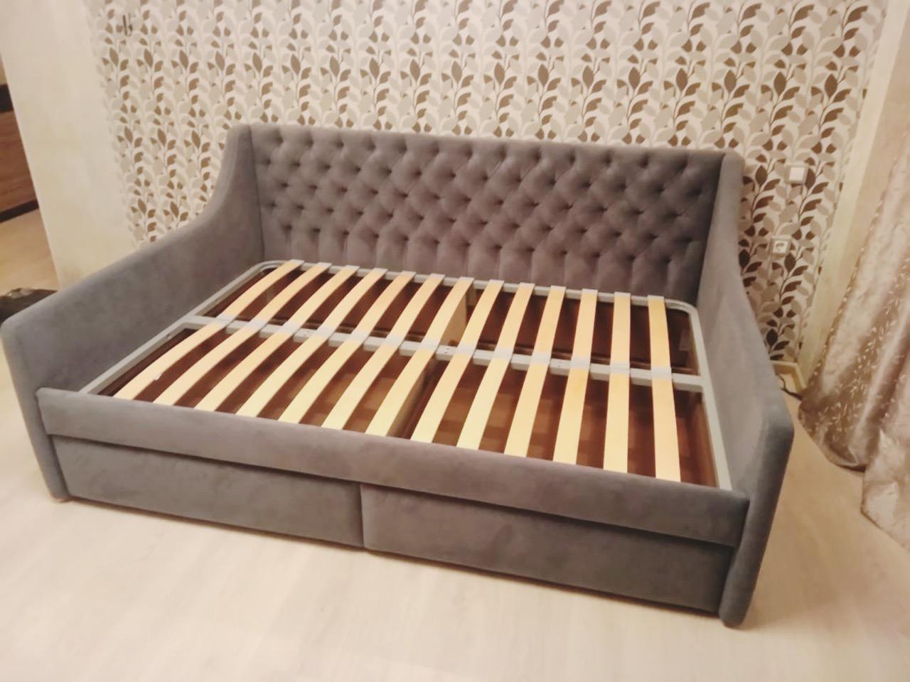 Диван - кровать со спальным местом 1200*1900 мм готова и установлена✔ ▫Ткань Chistetika Santorini 11 ▫2 выкатных ящика для белья также в ткани #кровать #кровативоронеж #кроватимосква #кроватидетские #мебельвворонеже #дизайнинтерьеровмосква #дизайнинтерьераворонеж