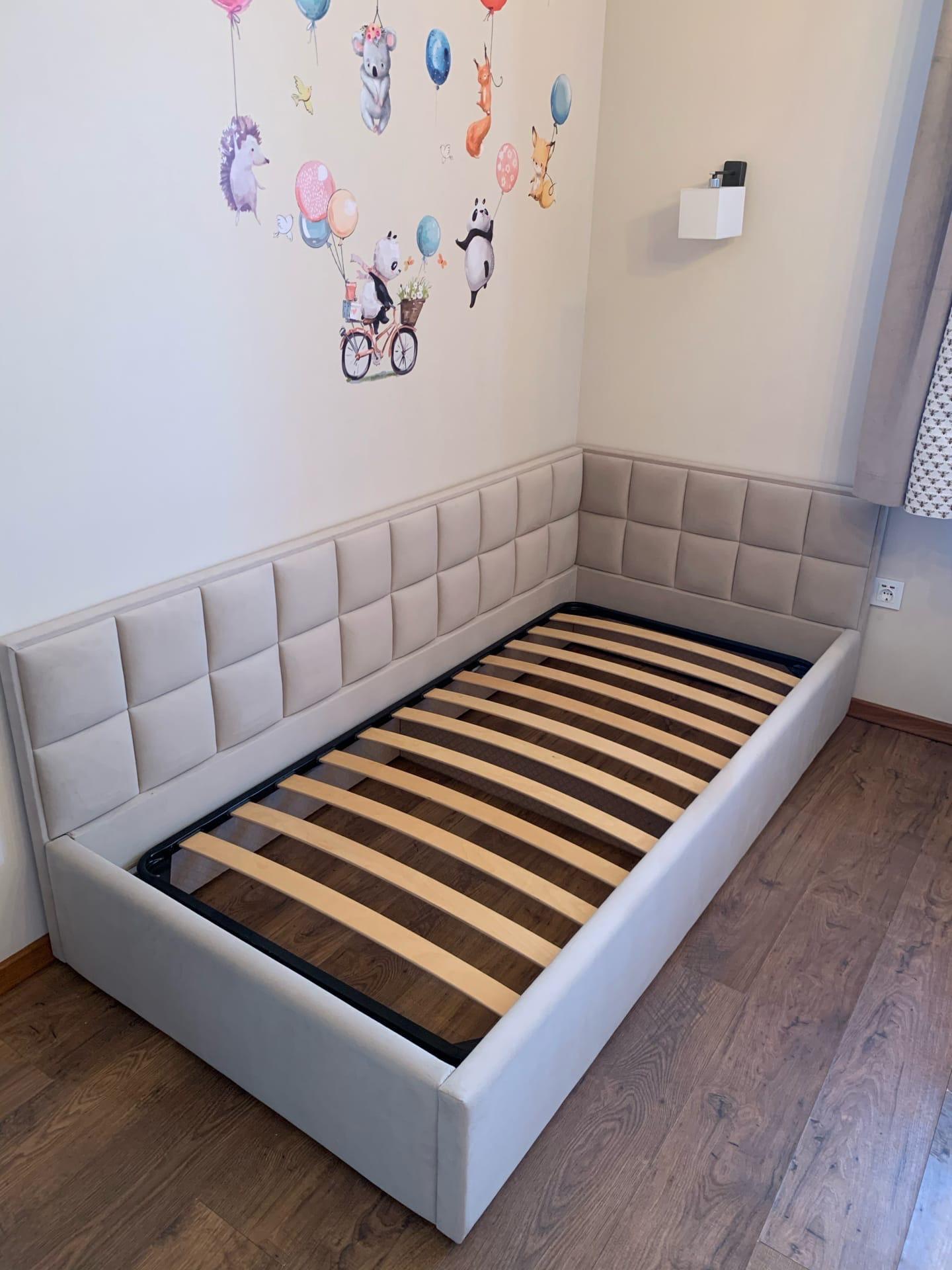 Кровать с панелями готова и установлена☑ Спальное место 900*2000 мм ▫Каркас из фанеры березы ▫Качественный ППУ ▫Ткань велюр ▫Также можете заказать данную модель кровати с подъёмным механизмом/ящиками для белья Для заказа данное модели по Вашим размерам, напишите нам по ссылке в шапке профиля